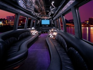 international_3200_dt466_krystal_38_limo_bus_4